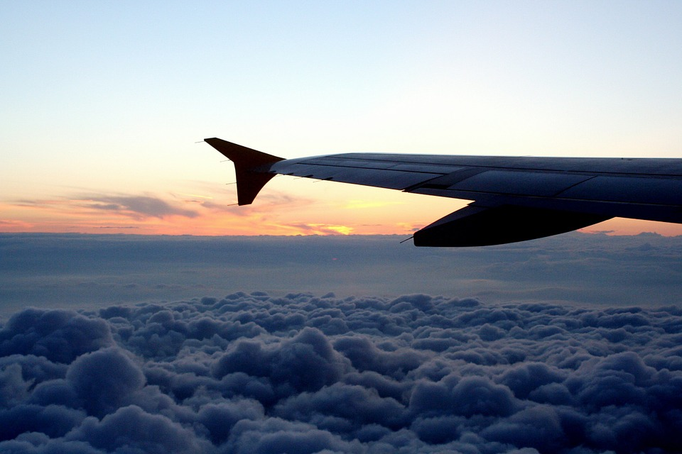 aircraft-418027_960_720